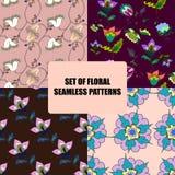 Reeks mooie bloemen naadloze patronen Stock Foto's