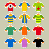 Reeks multicolored t-shirts Royalty-vrije Stock Afbeelding