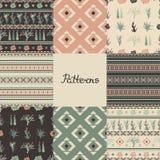 Reeks naadloze patronen met geometrische vormen, succulents en cactussen Acht texturen vector illustratie