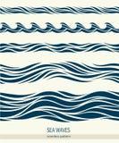 Reeks naadloze patronen met gestileerde golven Stock Foto's