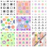 Reeks naadloze vector geometrische patronen met verschillende geometrische cijfers, vormen pastelkleur eindeloze achtergrond met  stock illustratie