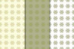 Reeks olijf groene bloemenachtergronden Naadloze patronen Stock Afbeelding