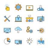 Reeks ontvankelijke de lijnpictogrammen van de Webontwikkeling vlak Stock Foto's