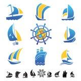 Reeks pictogrammen met botensilhouetten Stock Foto's