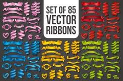 Reeks Realistische kleurenlinten Element van decoratiegiften, groeten, vakantie, het ontwerp van de Valentijnskaartendag Vector stock foto's