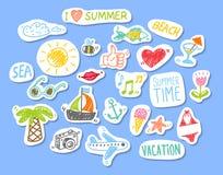 Reeks stickers met het thema van de het elementenzomer van het schetsontwerp Stock Afbeelding