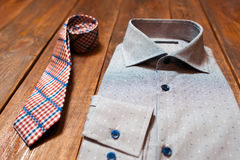 Reeks toebehoren: overhemd en band Stock Afbeelding