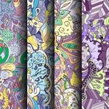 Reeks tracery kleurrijke naadloze patronen Gebogen doodling achtergronden voor textiel of druk met mehndi en etnische motieven Stock Fotografie