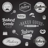 Reeks uitstekende bakkerijkentekens en etiketten Royalty-vrije Stock Foto's