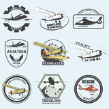 Reeks uitstekende retro kentekens van de luchtvaartkundevlucht Stock Fotografie