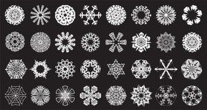 Reeks van 32 mooie sneeuwvlokken Stock Afbeelding
