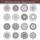 Reeks van abstract ontwerpelement Ronde mandalas in vector Grafisch malplaatje voor uw ontwerp Decoratief retro ornament Getrokke Royalty-vrije Stock Foto
