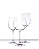 Reeks van drie lege wijnglazen Royalty-vrije Stock Foto's