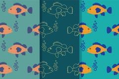 Reeks van drie naadloze patronen met het drijven vissen in het overzees in één stijl Het ontwerp voor behang, giftdocument, patro vector illustratie