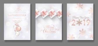 Reeks van Elegant Vrolijk Kerstmis en Nieuwjaar 2019 Kaarten met Kerstmisballen, Sterren, Sneeuwvlokken voor groeten, uitnodiging stock illustratie