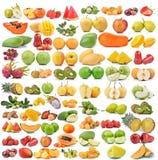 Reeks van fruit op witte achtergrond wordt geïsoleerd die Royalty-vrije Stock Foto
