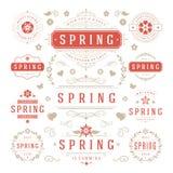 Reeks van het de lente de Typografische Ontwerp Retro en Uitstekende Stijlmalplaatjes Royalty-vrije Stock Afbeeldingen