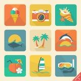 Reeks 2 van het de zomerpictogram. Vlakke ontwerptendens. Retro kleur. Vector illust Royalty-vrije Stock Foto's