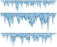 Reeks van het hangen van ontdooiende ijskegels van een blauwe schaduw Stock Fotografie
