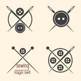 Reeks van het naaien logotypes Royalty-vrije Stock Afbeeldingen