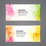 Reeks van het veelhoekige driehoekige kleurrijke boekje van de achtergrondbannersaffiche voor modern ontwerp, de jeugd grafisch c royalty-vrije illustratie