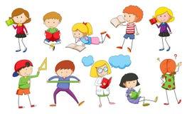 Reeks van kinderen het bestuderen royalty-vrije illustratie