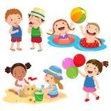 Reeks van kinderenspel op het strand stock illustratie