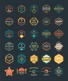 Reeks van Kleurrijke Uitstekende Hipster Logo Design Template Vector Stock Afbeelding