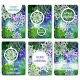 Reeks van Kleurrijke Vrolijke Kerstmis 6 en Gelukkige Nieuwjaar veelhoekige achtergrond met sneeuwvlokken, Royalty-vrije Stock Afbeelding