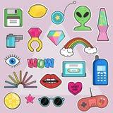 Reeks van manier, pop-art elegante flarden, kentekens, spelden, stickers met elementen jaren '80-jaren '90 grappige stijl stock illustratie