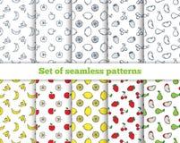 Reeks van naadloos de pictogrammenfruit van de patronenlijn Banaan, appel Royalty-vrije Illustratie