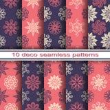 Reeks van 10 Naadloze Decoratieve Bloemenpatronen Royalty-vrije Stock Afbeeldingen