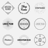 Reeks van retro uitstekende kentekens en de grafiek van het etiketembleem Stock Afbeeldingen