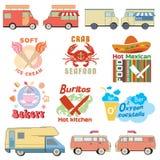 Reeks van retro vrachtwagenillustraties en grafiek van het voedselembleem Stock Afbeeldingen