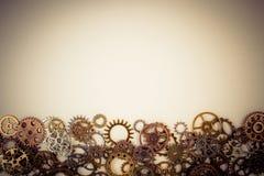 Reeks van roestig van metaaltoestellen of radertjes toestel op een witte achtergrond royalty-vrije stock afbeeldingen