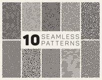 Reeks van Tien Vector Naadloos Zwart-wit Organisch Rond gemaakt Allegaartje Maze Lines Patterns Royalty-vrije Stock Afbeelding