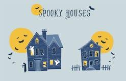 Reeks van twee griezelige de huizenillustraties van Halloween Royalty-vrije Stock Afbeeldingen