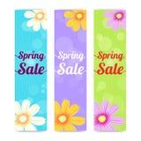 Reeks van verticale de bannerachtergrond van de lentetijdverkoop Stock Afbeeldingen