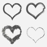 Reeks van vier grungeharten Abstracte borsteltekening Vector vector illustratie