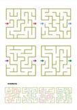 Reeks van vier malplaatjes van het labyrintspel met antwoorden Stock Afbeelding