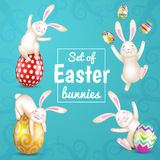Reeks van vier witte konijntjes van Pasen, paaseieren Royalty-vrije Stock Foto's