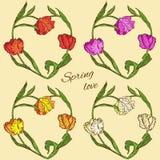 Reeks vector bloemenharten met gekleurde tulpen Stock Foto's