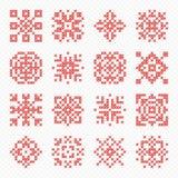 Reeks vector dwarssteeksneeuwvlokken en bloemen Stock Afbeelding