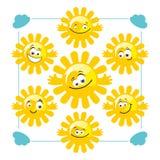Reeks vector grappige zonnen Royalty-vrije Stock Afbeeldingen