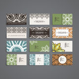Reeks vectorontwerpmalplaatjes Adreskaartje met bloemencirkelornament Mandalastijl Royalty-vrije Stock Afbeeldingen