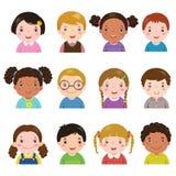 Reeks verschillende avatars van jongens en meisjes stock illustratie