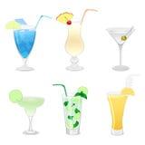 Reeks verschillende cocktails stock afbeeldingen