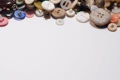 Reeks verschillende knopen tablewith exemplaarruimte Sluit omhoog Stock Foto
