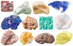 Reeks verschillende minerale rotsen en stenen Stock Afbeeldingen