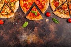 Reeks verschillende pizza's royalty-vrije stock afbeelding